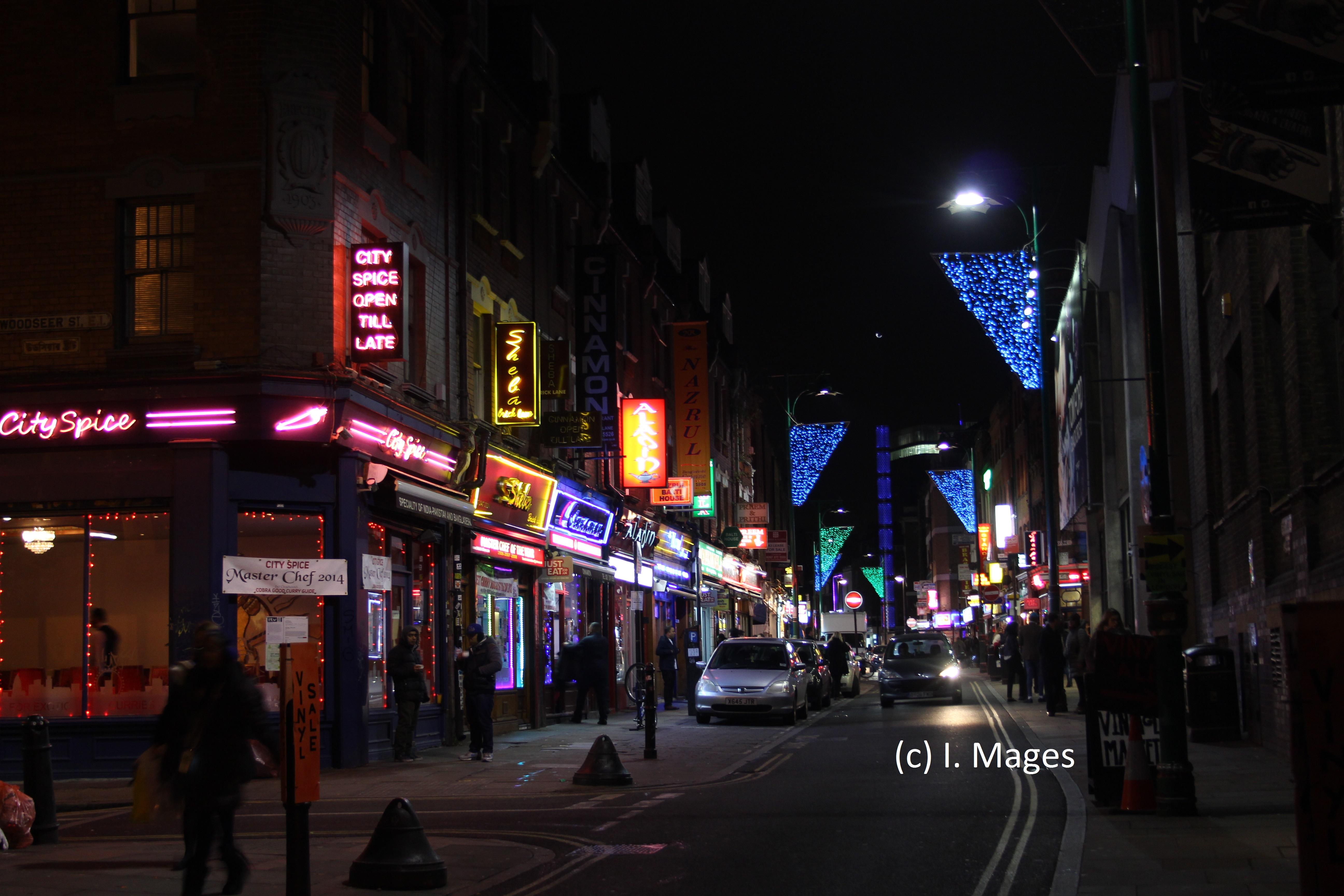 Brick Lane mit vielen indischen, pakistanischen und bangladeschischen Restaurants