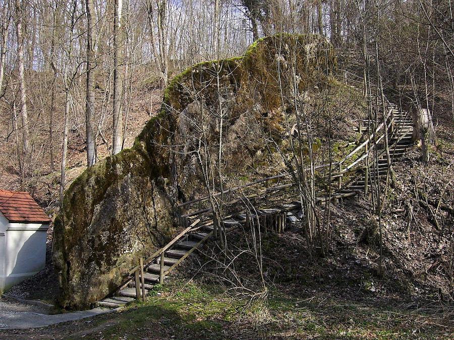 Ausflüge: Wachsender Felsen Usterling