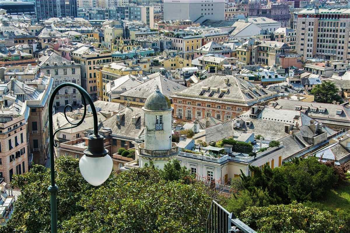 Genua, mehr als Hafen und Industrie! – Italien mal anders #2. (Gastbeitrag)