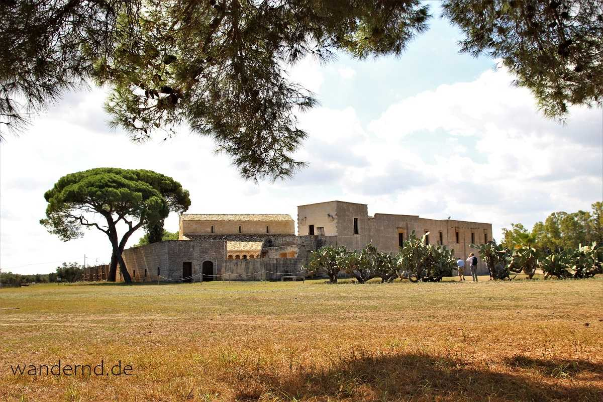 Santa Maria di Cerrate - Rundreise Apulien individuell