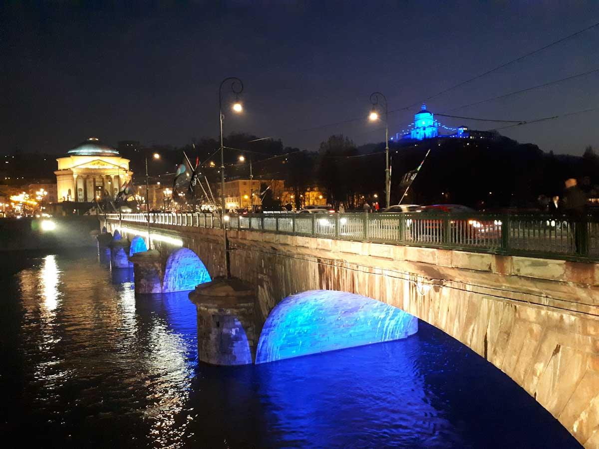 Turin bei Nacht