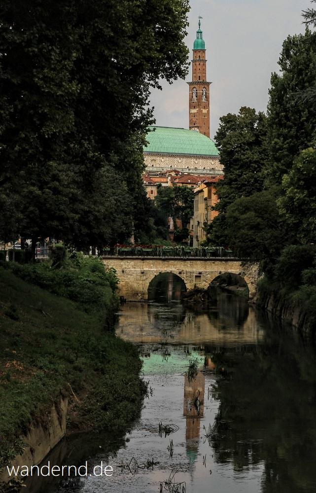 Vicenzas Haupt-Sehenswürdigkeit: Die Basilica Palladiana