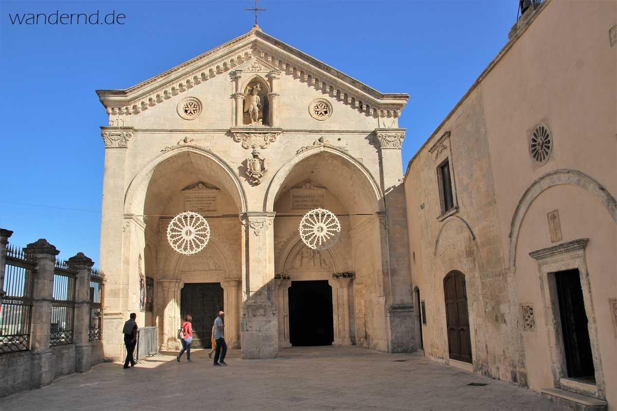 Monte Sant' Angelo: Das obere Atrium