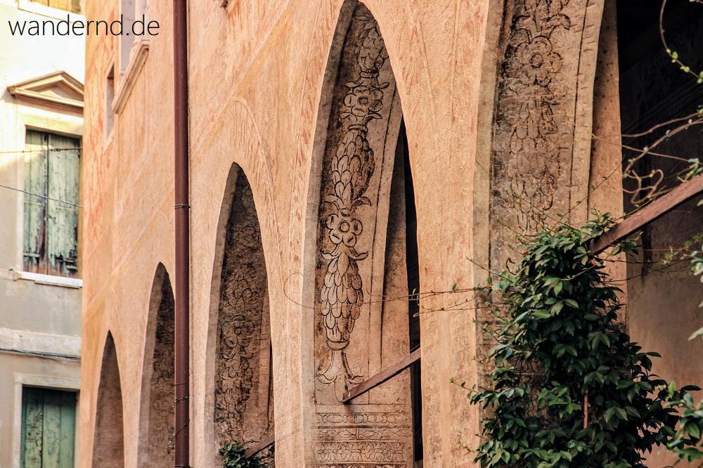 Treviso Sehenswürdigkeiten: Reste von Fassadenmalereien