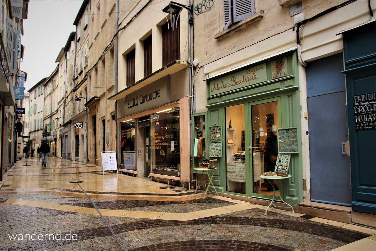 Bummeln in Avignon macht Spaß - auch bei Regen