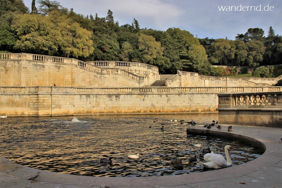 Blick über die heilige Quelle von Nîmes